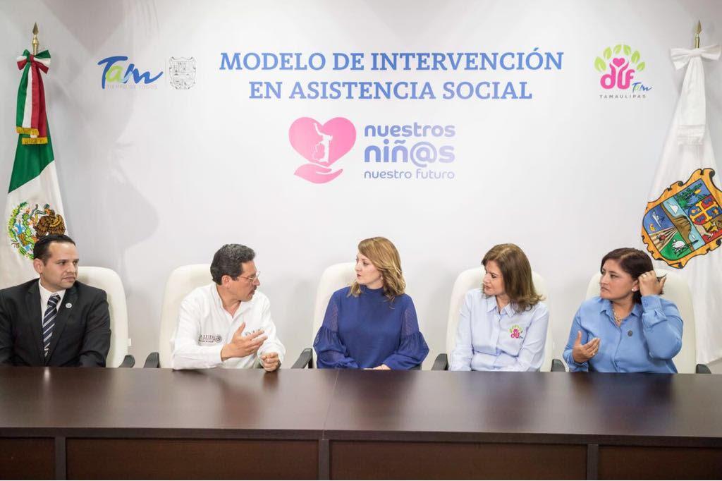 """Reconoce DIF Nacional al DIF Estatal por el programa """"Nuestros Niños Nuestro Futuro"""""""